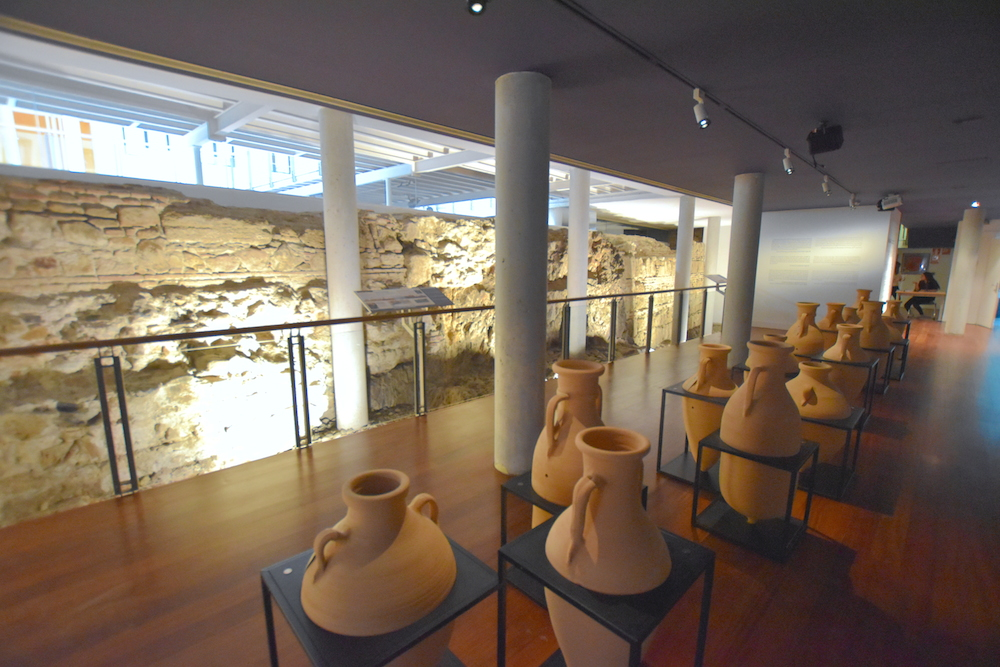 amphoras exhibition hall malaga university